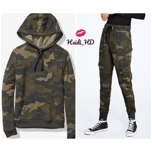 Pink Victoria's Secret Camouflage Outfit